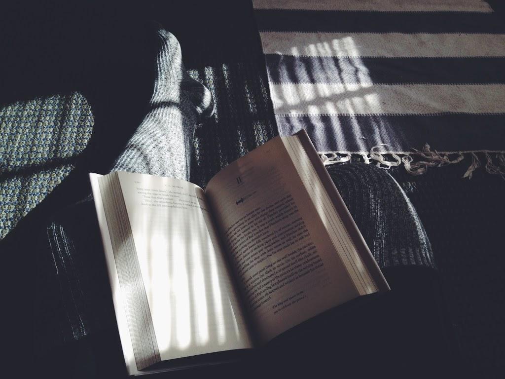 O niekończeniu książek